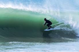 surf spots near epic study abroad locations