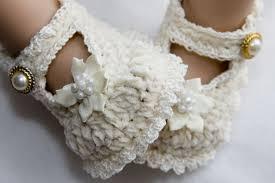 أروع أحذية أطفال بالكروشيه(ج1) Images?q=tbn:ANd9GcSZpyMP5S5n_BPQ-rv555s3V8QVfsNigL6jObZCIsJL2sS1FS1efA