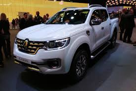 renault motor new renault alaskan pick up truck rumbles in for 2018 auto express