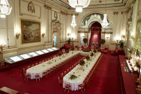 How Many Bathrooms In Buckingham Palace by Buckingham Palace Dining Room Room Design Ideas Fresh To