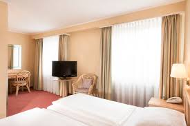 k ln design hotel hotel rooms near köln dom cathedral tryp by wyndham koeln city