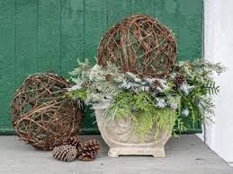 Outdoor Christmas Decorations Hgtv by 68 Best Best Of Holidays Images On Pinterest Easy Handmade Gifts