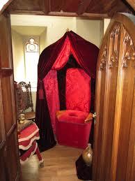 tudor dollhouse toilets dollhouse decorating
