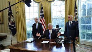 bureau president americain réforme de l obamacare donald subit un nouvel échec
