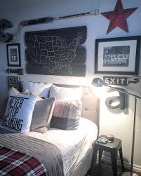 Teen Boy Bedroom by Love This Rustic Teen Boy U0027s Room And Gallery Wall Map On Wood Is