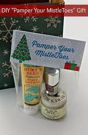 diy pamper your mistletoes gift free printable tag christmas