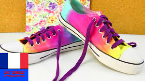 Que Faire Des Vieilles Chaussures Diy Personnaliser Ses Chaussures Pour L U0027été Avec Des Sprays De