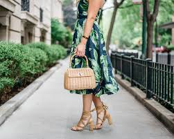 leaf love how to style a leaf printed dress u2014 bows u0026 sequins