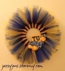 jazzy jen s college team spirit tulle wreath small