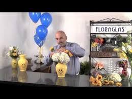 Smiley Face Vase Floraglas 1 Smiley Face Vase Floral Arranging Youtube