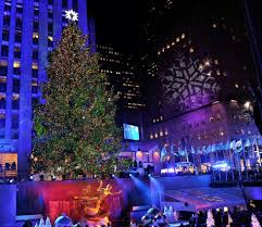 rockefeller center christmas tree lighting kicks off the christmas