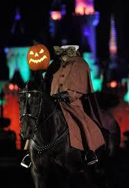 mickey u0027s halloween party opening weekend at disneyland newport