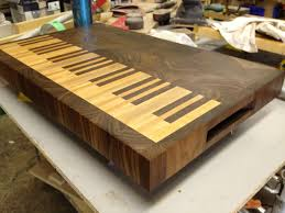 piano inspired endgrain cutting board in maple and walnut wooden