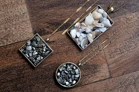 diy necklace pendants images Homemade jewelry pendant made of stones with their hands diy is fun jpg
