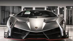 crashed lamborghini veneno a new lamborghini veneno is for sale for 7 4 million drivetribe