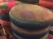 cuscini rotondi cuscini rotondi stock images 22 photos