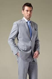 what color shirt with light grey suit light blue gray suit dress yy