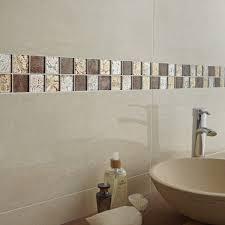 carrelage mural mosaique cuisine frise faience cuisine cool salle de bain blanche et beige avec
