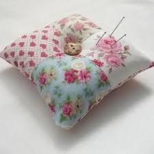 7 pincushions you need at your sewing station pin cushions