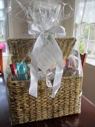 bridal shower basket ideas photo bridal shower gift ideas image