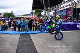 philippine motorcycle ir news movistar yamaha motogp riders rossi and viñales grace
