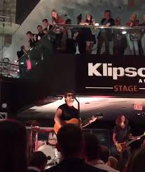 Third Eye Blind Jumper Download Third Eye Blind Jeered By Rnc Concertgoers At Charity Event Ny