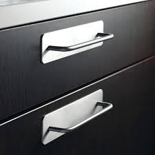 cuisine inox pas cher poignee de placard cuisine poignace armoire meuble pas cher