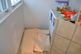 my kitchen floor is like houdini