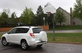 toyota rav4 v6 review review 10 reasons why the 2011 toyota rav4 will up your