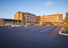 hotels in river or hton inn and suites river hotel