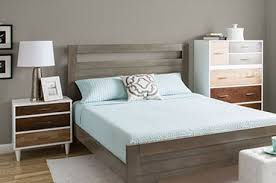 Bedroom Furniture Ideas For Small Spaces How To Place The Bedroom Furniture If You A Small Bedroom