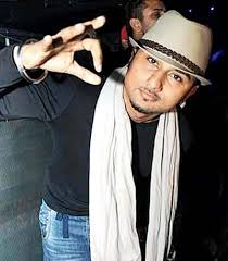 Seeking Honey Song Is Honey Singh Really Doing A Song For Srk