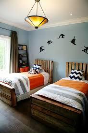 chambre a deux lits chambre à coucher chambre garçon décoration tendances