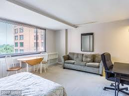 1011 arlington blvd 609 samson properties property management fully furnished studio in river place generous studio with fresh paint tons of natural light large walk in closet and built in shelving provides plenty