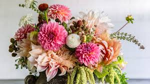 flowers bouquet 10 sweet ideas for s day flowers sunset magazine sunset