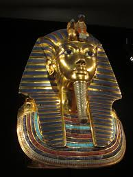 his and items the discovery of king tut exhibition features 1 000 reproduced