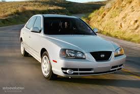2004 hyundai elantra gls review hyundai elantra 4 doors specs 2003 2004 2005 2006 autoevolution