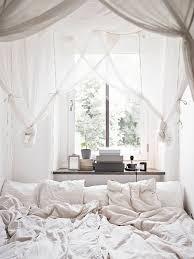 chambre cocoon chambre cocoon avec des voilages