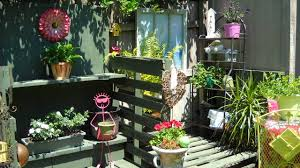 16 potting bench plans to make gardening work easy the self