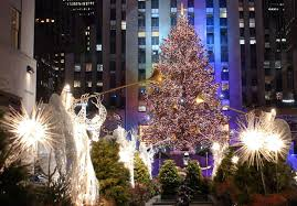 22 pictures of the rockefeller christmas tree through the ages