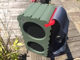 reviewed philips br 1x sb5200 rugged bluetooth speaker travgear com