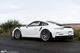 wheels porsche 911 gt3 porsche 911 gt3 rs with bbs wheels has a roll cage that