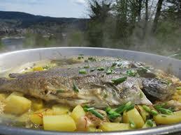 cuisiner de la truite ma recette de la matelote de truite au vin gris de toul laurent
