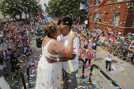 boystown pride parade 2016 chicago tribune
