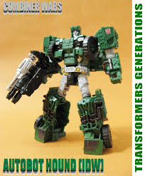 transformers hound jeep transformers generations combiner wars deluxe class hound idw 變形