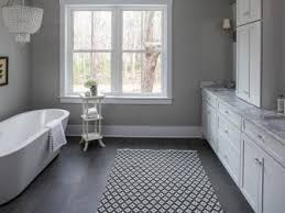 small bathrooms hgtv
