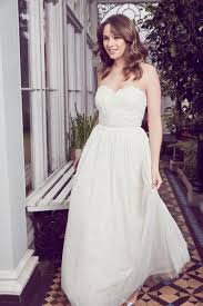 dorothy perkins is launching a low cost wedding dress line and
