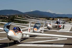 how gliders fly and how they u0027re different than powered aircraft
