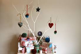 Christmas Decorations Ideas To Make At Home by Ideas For Christmas Decorations To Make Home Style Tips Lovely To