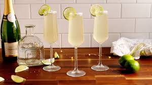 20 new years eve drinks cocktail recipes for new year u0027s u2014delish com